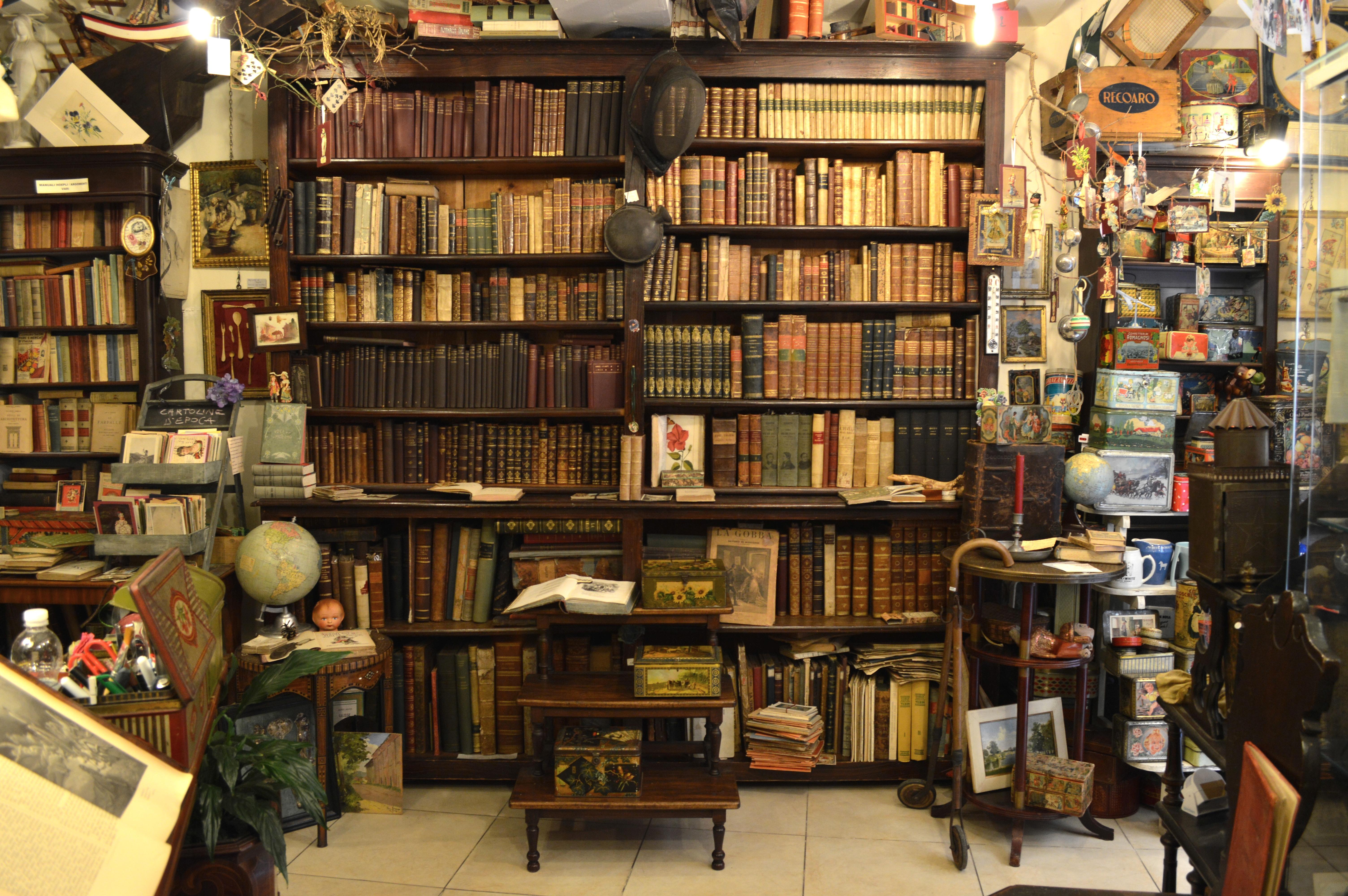 Le pi belle e particolari librerie da visitare a londra for Foto di case antiche